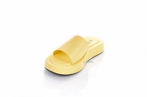 Шльопанці жіночі Yes mile 7929 (літо, жовтий, еко-шкіра)