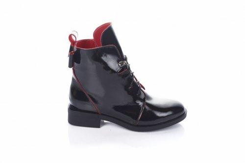 Ботинки женские Lady 7435 (зимние, черный, лак)